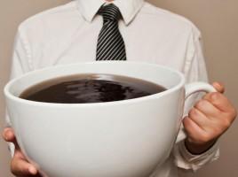 l-abus-de-cafe-peut-rendre-un-peu-marteau