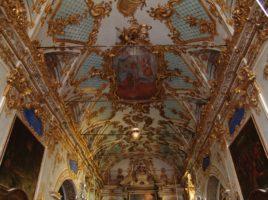intérieur oratoire sainte-croix bastia