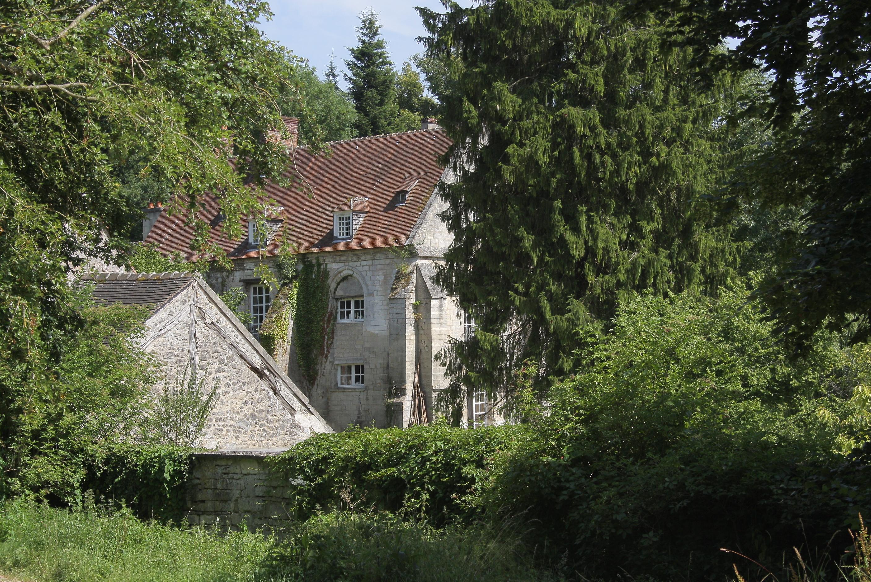 Le prieuré Saint-Nicolas-de-Courson
